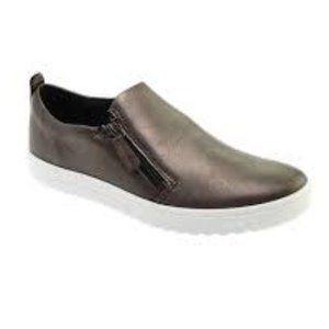 ECCO Fara Slip On Sneaker